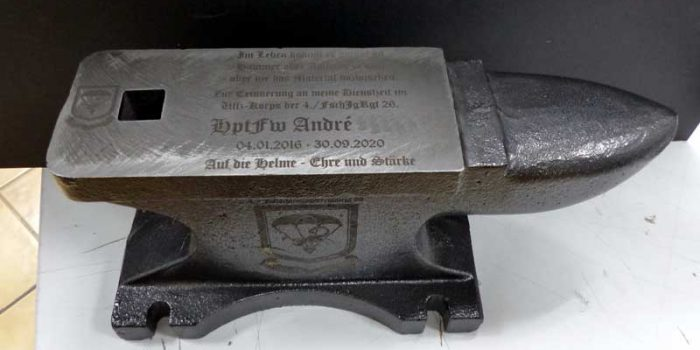 Anvil Engraved German Army 4./FschJgRgt26 Paratrooper Award | Trophy Center | Sandra & J.R. Kulbick | Only in Kaiserslautern | Est. 1952 | Trophy Shop | 2 MILES FROM RAMSTEIN AIR BASE | GO OFF BASE TO THE AWESOME TROPHY CENTER | Engraving Frame Shop Coins Stamps Embroidery Guidons Awards Plaques Engraved Signs Graveur Gravur Graviert | Kaiserslautern-Einsiedlerhof underneath Hacienda Mexican Restaurant | Stempel Gravuren Pokale Schilder | US Army | US Air Force | KMCC | Nato | Bundeswehr | Support Local | E-Mail: info@trophy-center.de
