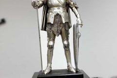 Knight-Halberd-Shield